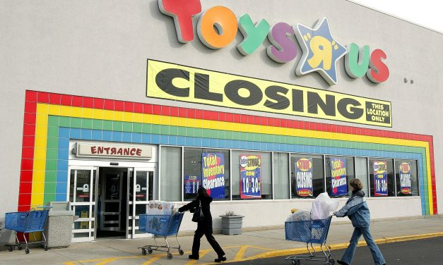 "Toys ""R"" Us Stores Attract Potential Buyers"
