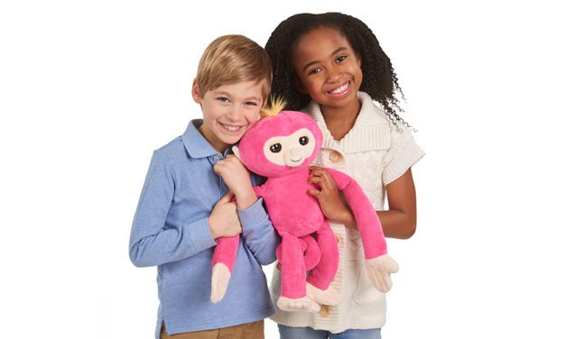 WowWee Launches Fingerling HUGS