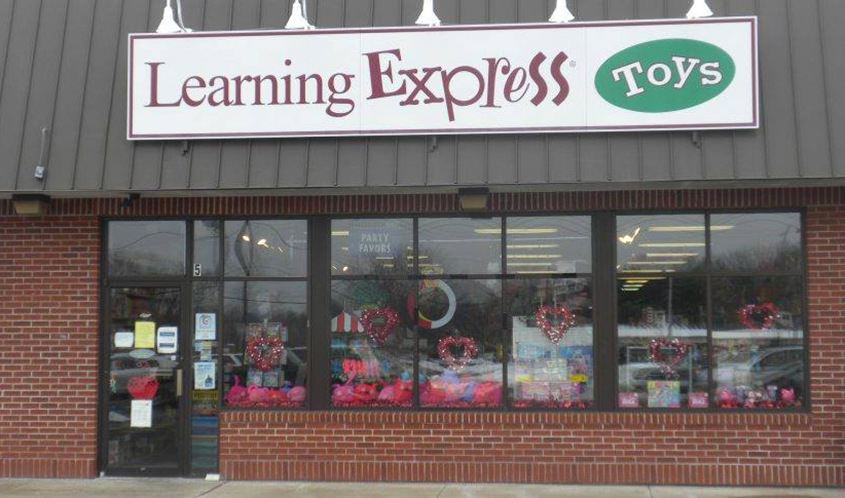 Learning Express Toys Launches Fashion Angels Shop in Westborough