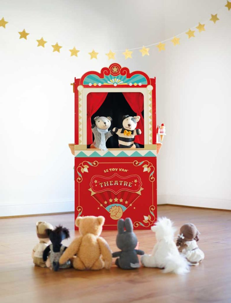 Le Van Toy 2020 Collection Puppet Theatre