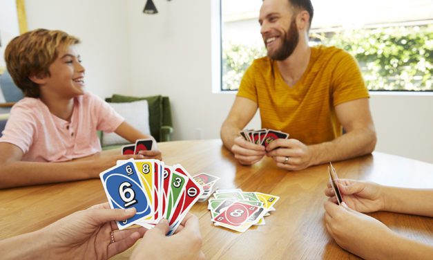 Mattel Celebrates International Lefthanders Day with Left Hand UNO
